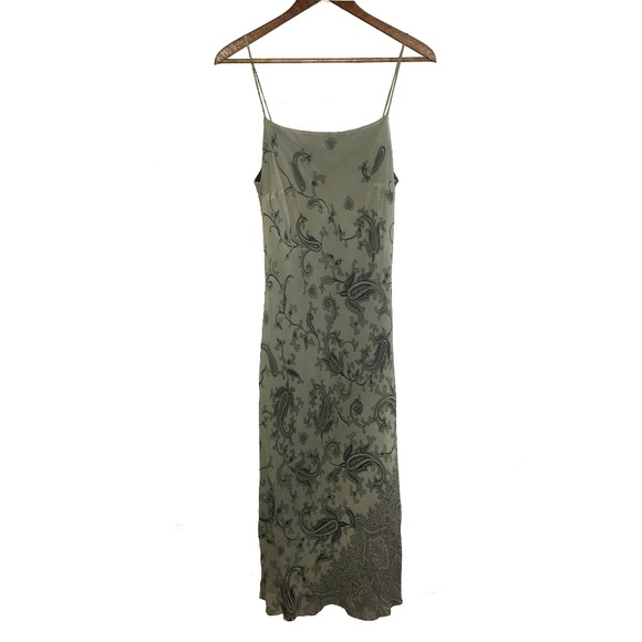 Forever 21 Dresses & Skirts - Olive Green Paisley Spaghetti Strap Midi Dress